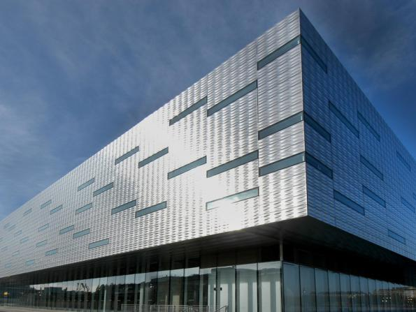 How to implement Metal Cladding Systems?